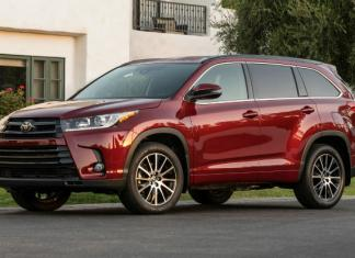 The 2017 Toyota Highlander Hybrid is top-rated in its segment.