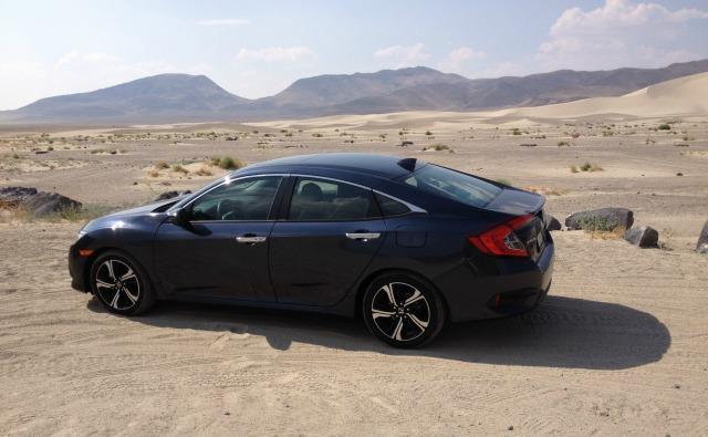 2016 Honda Civic Touring: Hot desert, high speed, long haul