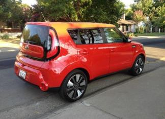 The new 2014 Kia Soul design includes a radical rear-lights design.
