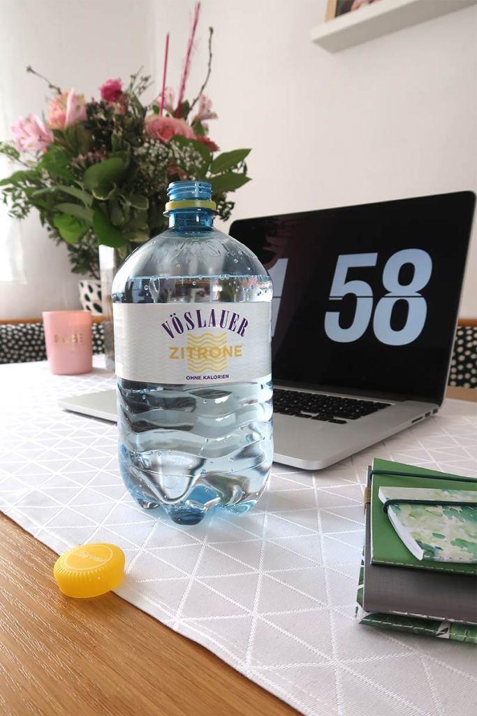 Vöslauer Zitronenwasser – ohne Zucker, ohne Kalorien, ohne Schnick Schnack | Mi-Mini