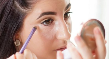 How to Conceal Dark Circles