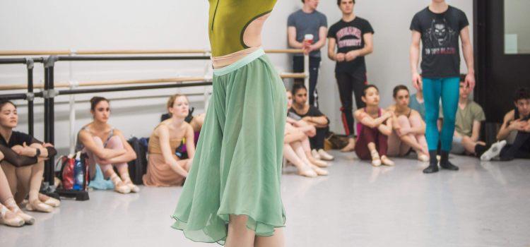Herb Chicken and Asparagus : Dancer Recipe Inspiration with Adrianna de Svastich