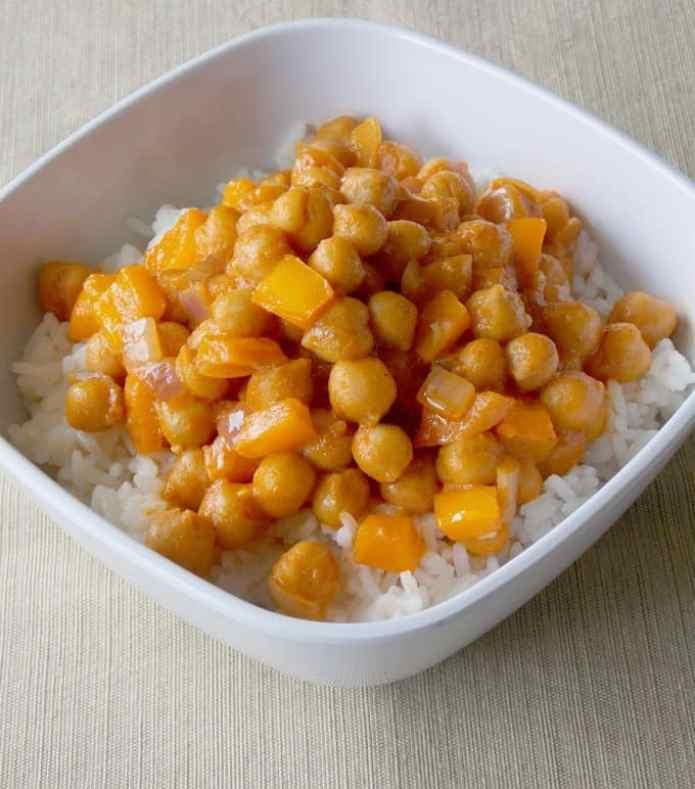 Coconut Curry Garbanzo Beans