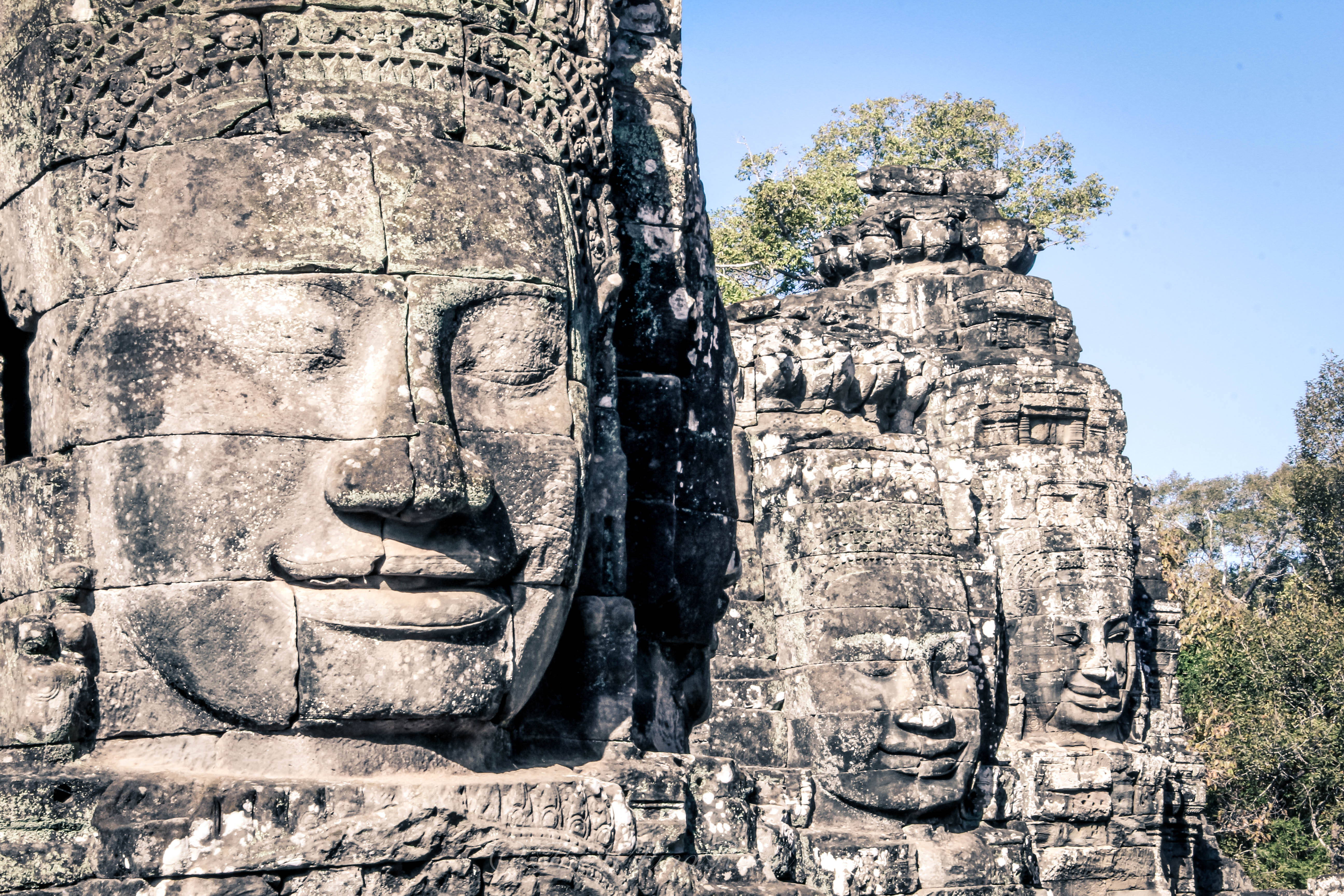 solo female travel through cambodia