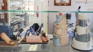 Designer shoes and wedding cakes, La Patisserie Chouquette