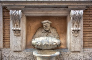 The newest of Rome's talking statues, Il Facchino