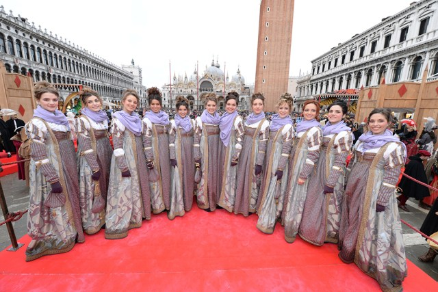 The Twelve Marias during the Venice Carnival ©Vision/Vela