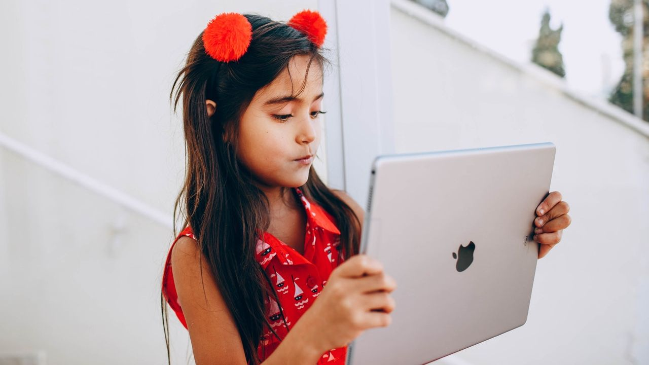 How the iPad Can Help Parents with Homeschooling