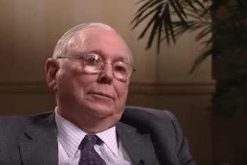 Charlie Munger, the long-time business partner of famed investor Warren Buffett, talks with the BBC.