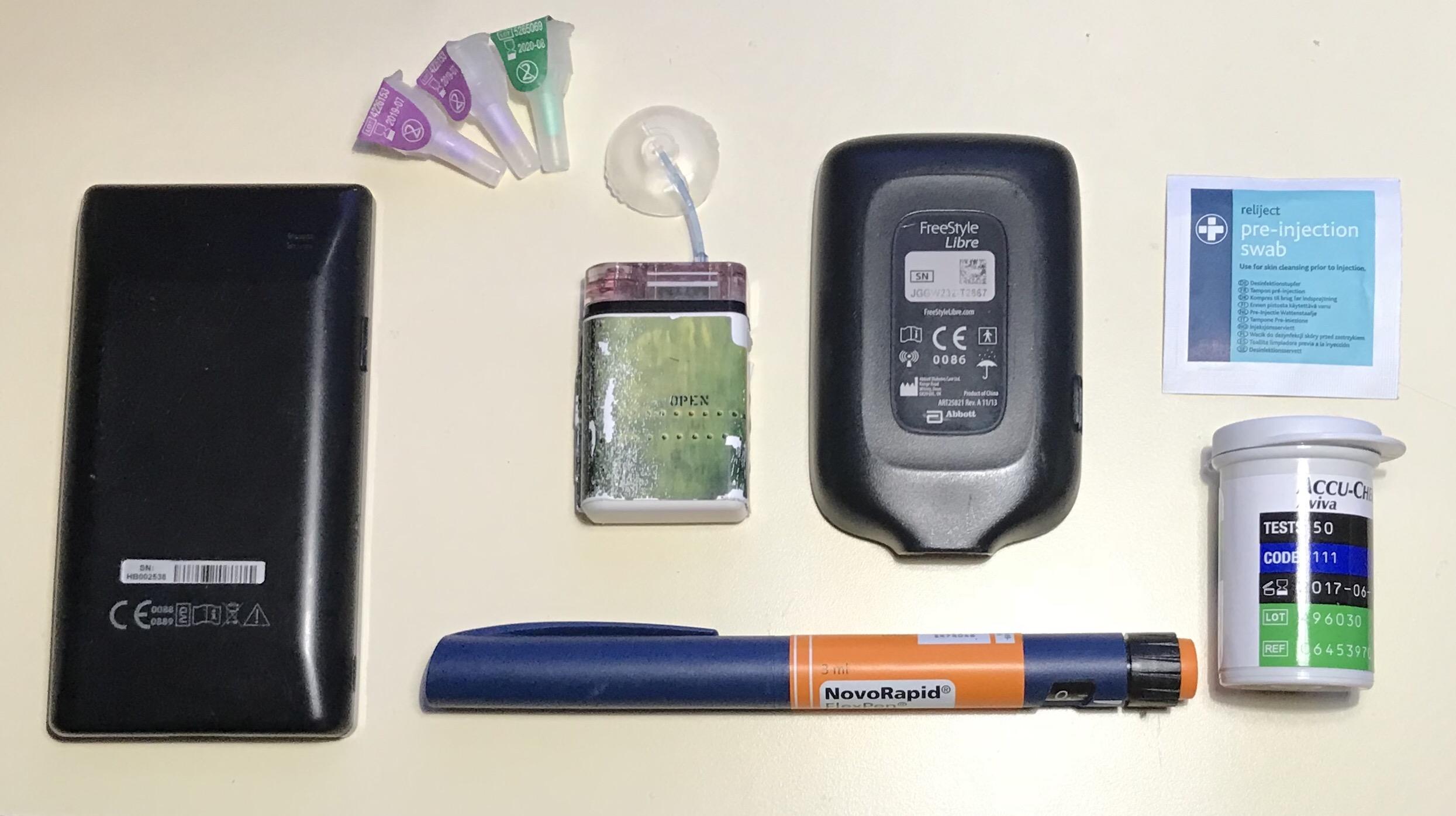 L'armamentario di un diabetico di tipo 1.