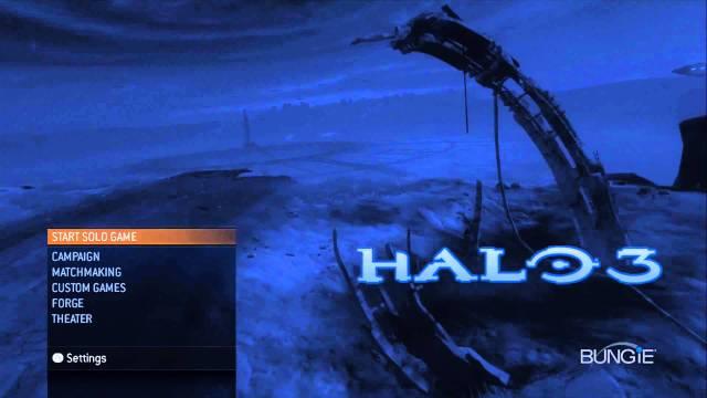 Il menù principale di Halo 3 accoglie i fan della vecchia guardia con l'iconico coro del tema principale della saga, poi seguito da Finish the fight. Un messaggio chiaro.