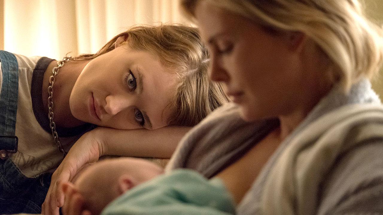 Tully: quando la maternità diventa uno scoglio
