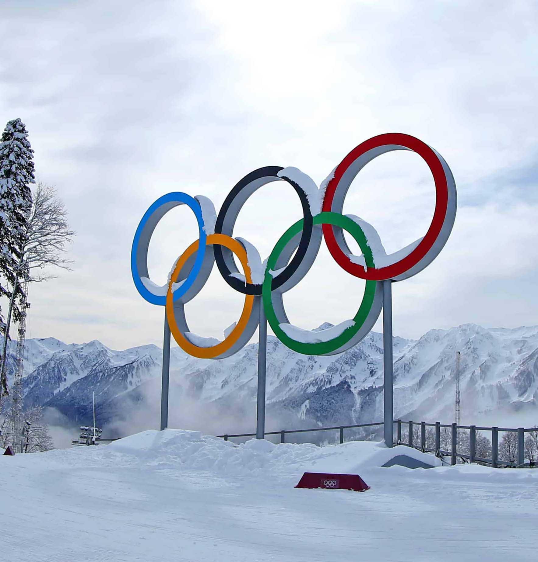 Italia e le Olimpiadi, una storia a cinque cerchi