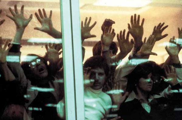Come il cinema horror ha raccontato l'epidemia e l'isteria di massa