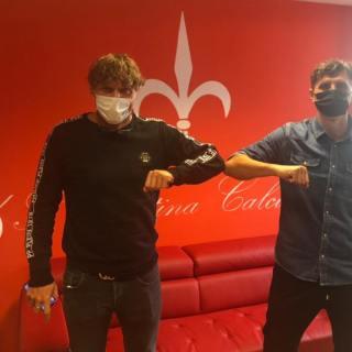 Denis Godeas (destra) e Mauro Milanese, durante un incontro in società. Foto: facebook.com/denisgodeas99