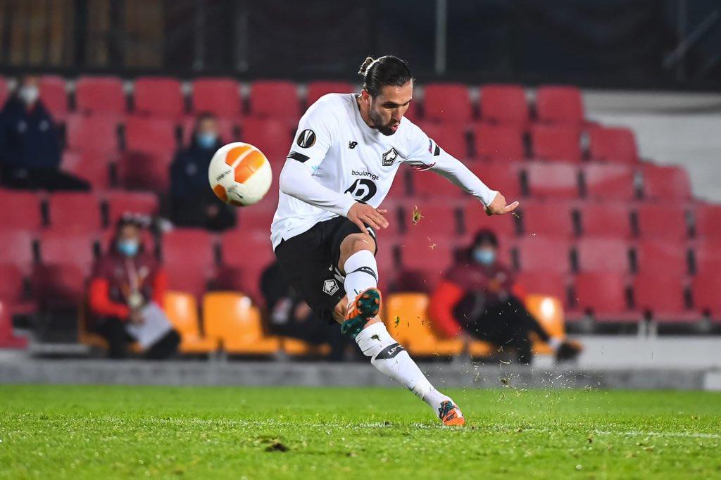 Yusuf Yazici durante la partita di Europa League contro lo Sparta Praga. Foto: twitter.com/yaziciyusuf97
