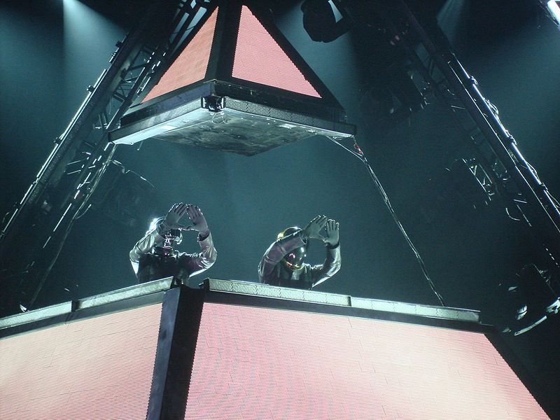 We got lucky: un coccodrillo per i Daft Punk