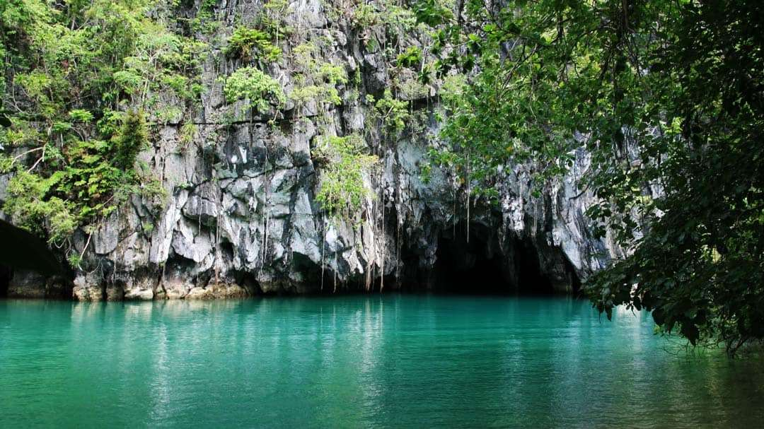 must do things in Palawan underground river