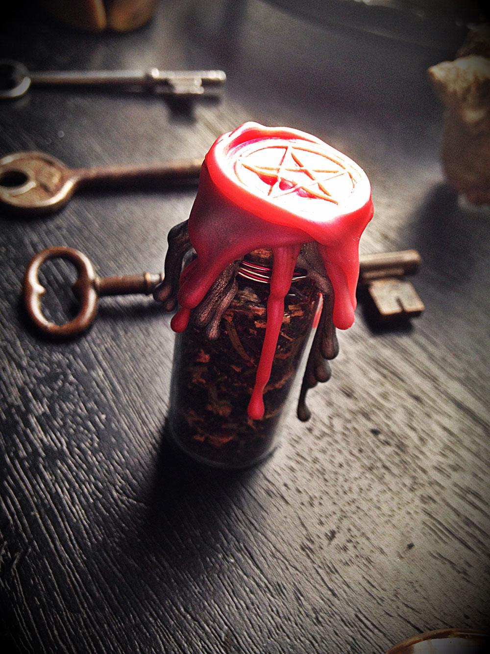 Witch Bottle - Custom Witch battery - Spell Bottle