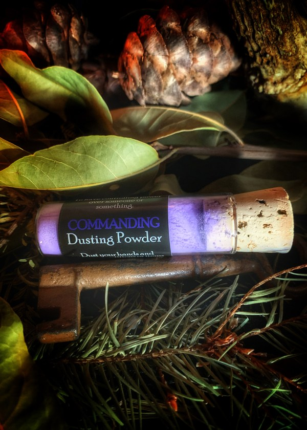 Commanding Dusting Powder