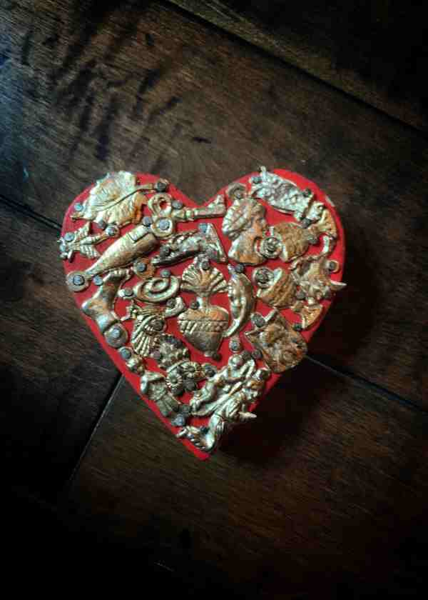 Wooden Heart Milagro
