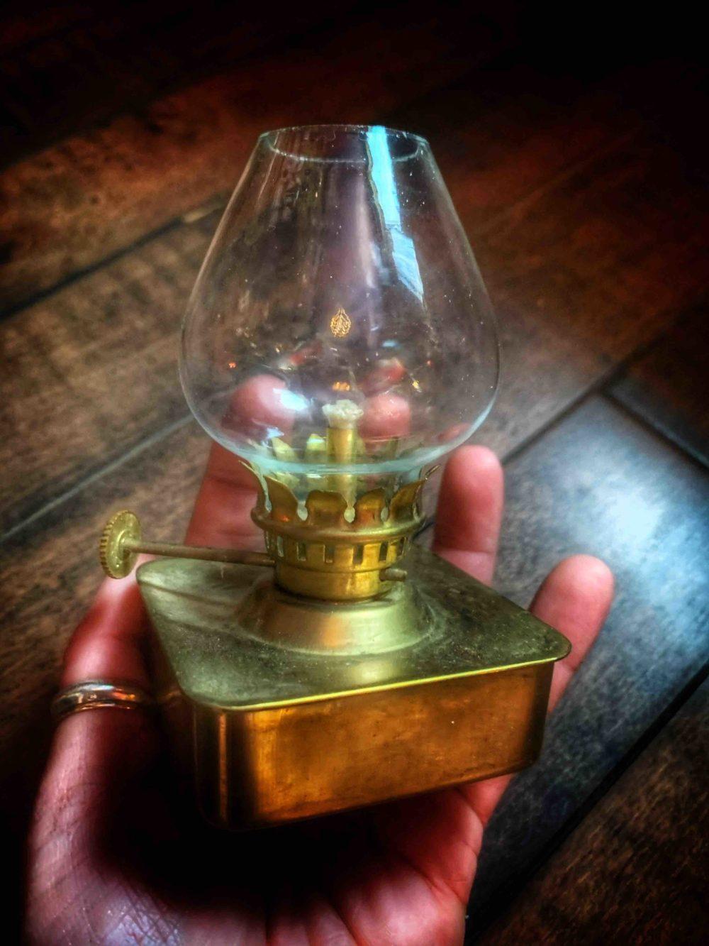 Oil Lamp Magic Mini