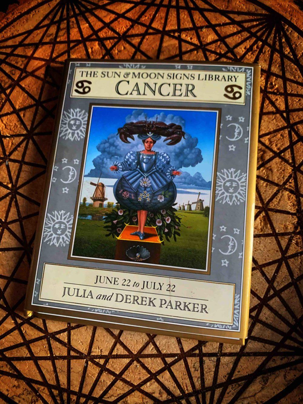 Sun & Moon Signs - Cancer