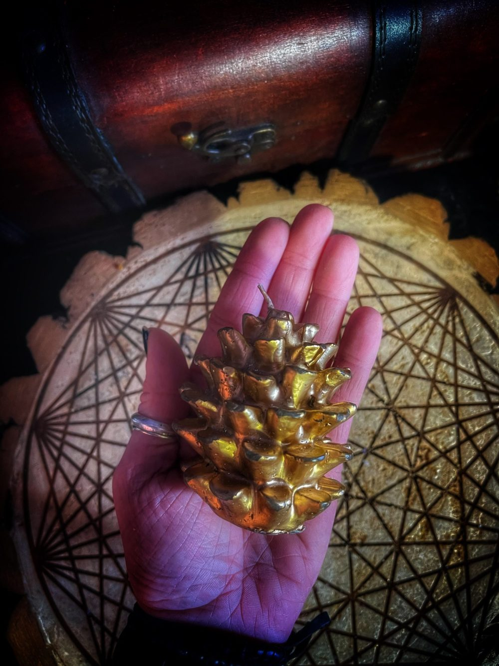 Pine Cone of Prosperity Vintage Candle