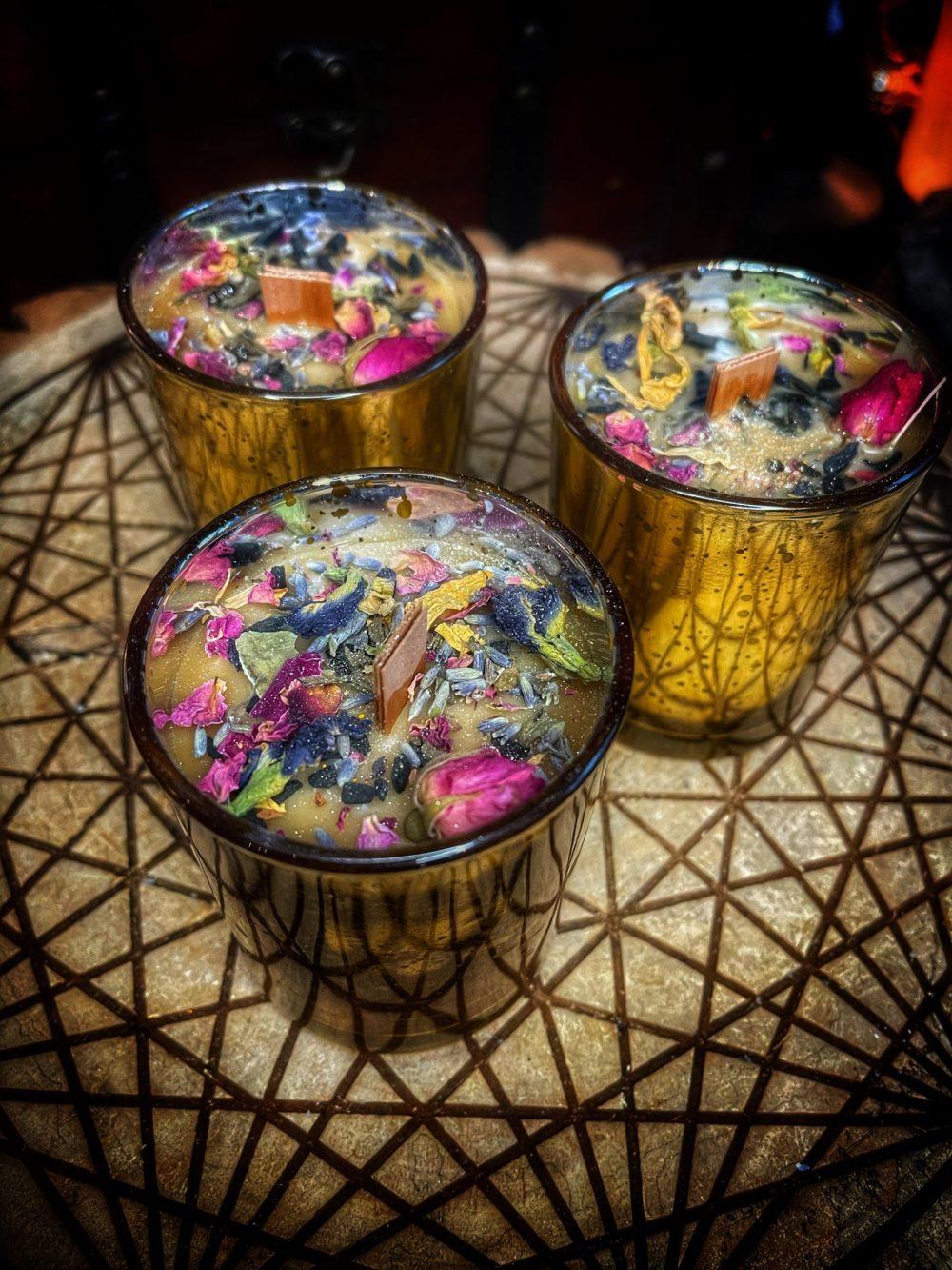 Vesna Gold Cup of Plenty Ritual Candle