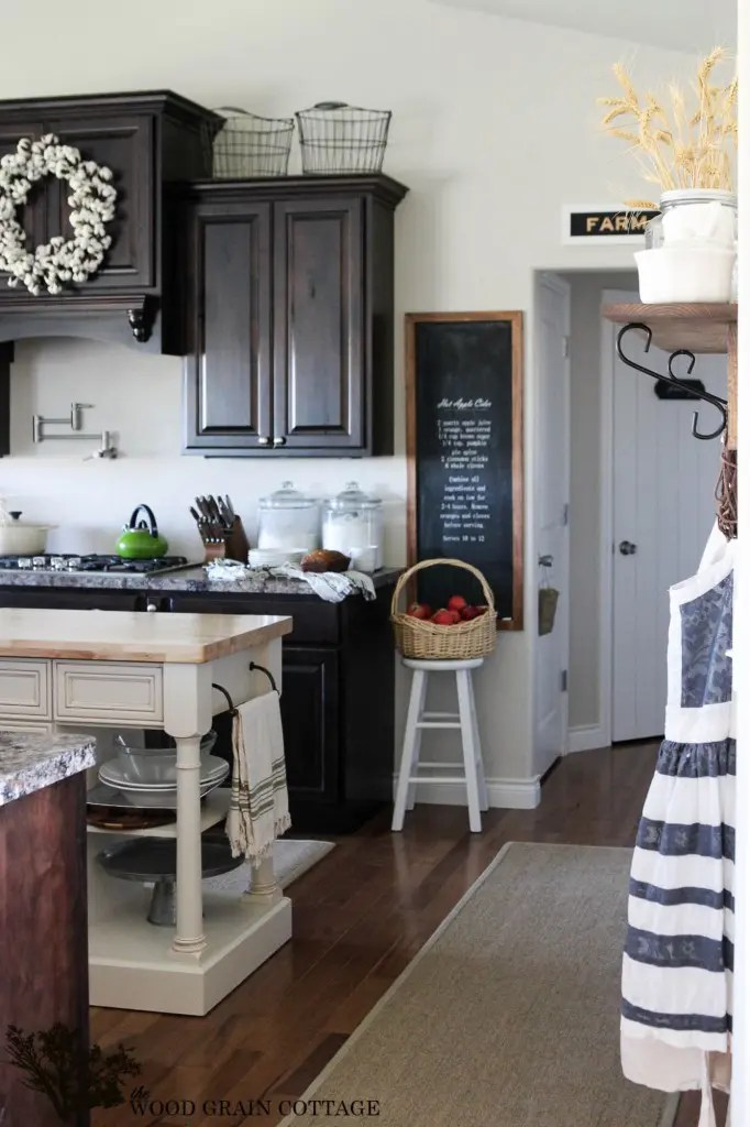 Fall Home Tour by The Wood Grain Cottage