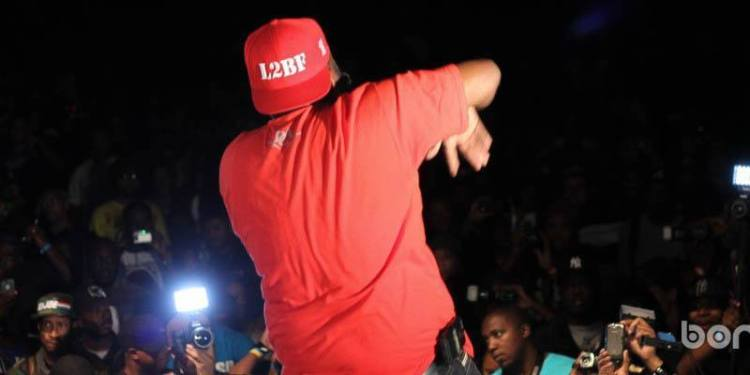 FREEWAY TEARING DOWN THE STAGE