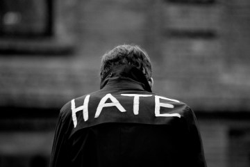 hate_by_thewordisbond.com
