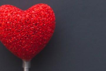 red-love-heart_thewordisbond.com
