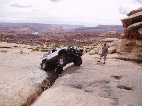 Rockcrawling in a Jeep Cherokee