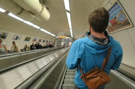 Metro fahren!