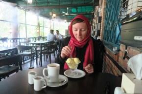 Safraneis und Kaffee im Artist Forum