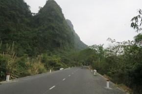 Einsame Straße auf der Insel