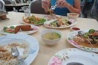 Mittag im vegetarischen Restaurant