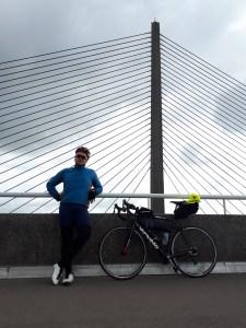 Daniel auf der Brücke vor Brest