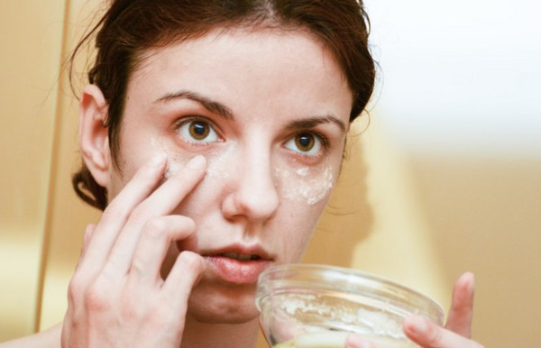 Under Eye Cream - How To Choose The Right Cream for Your Skin