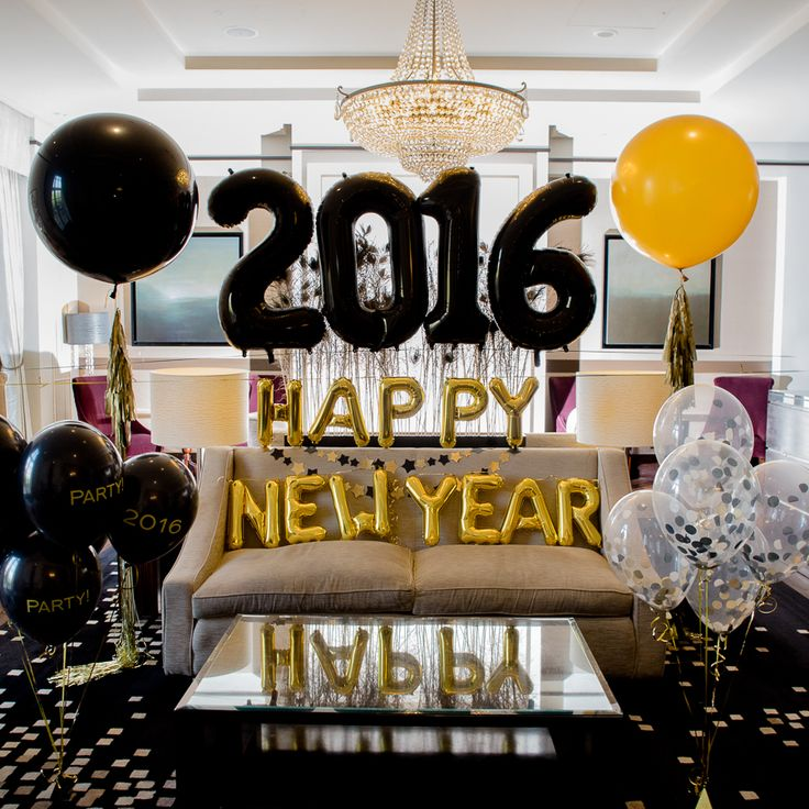 40 Stunning New Year Living Room Decor Ideas new years eve party