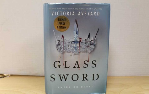 The Glass Sword by Victoria Aveyard