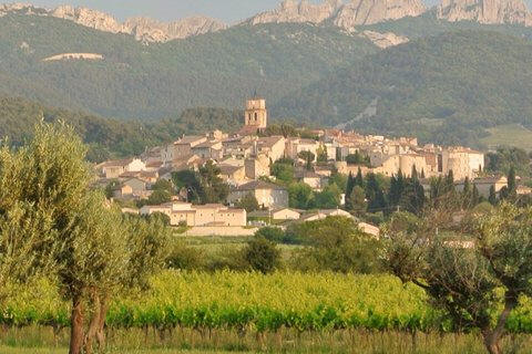Travel writing classes in Provence.