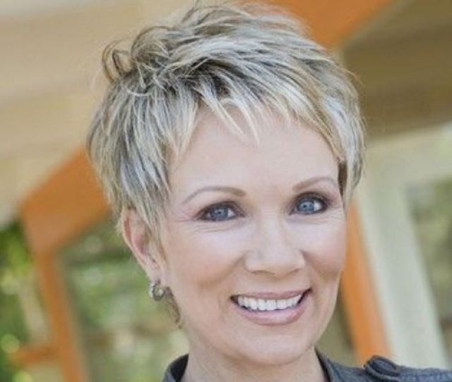 Great Pixie Haircut For Women Over