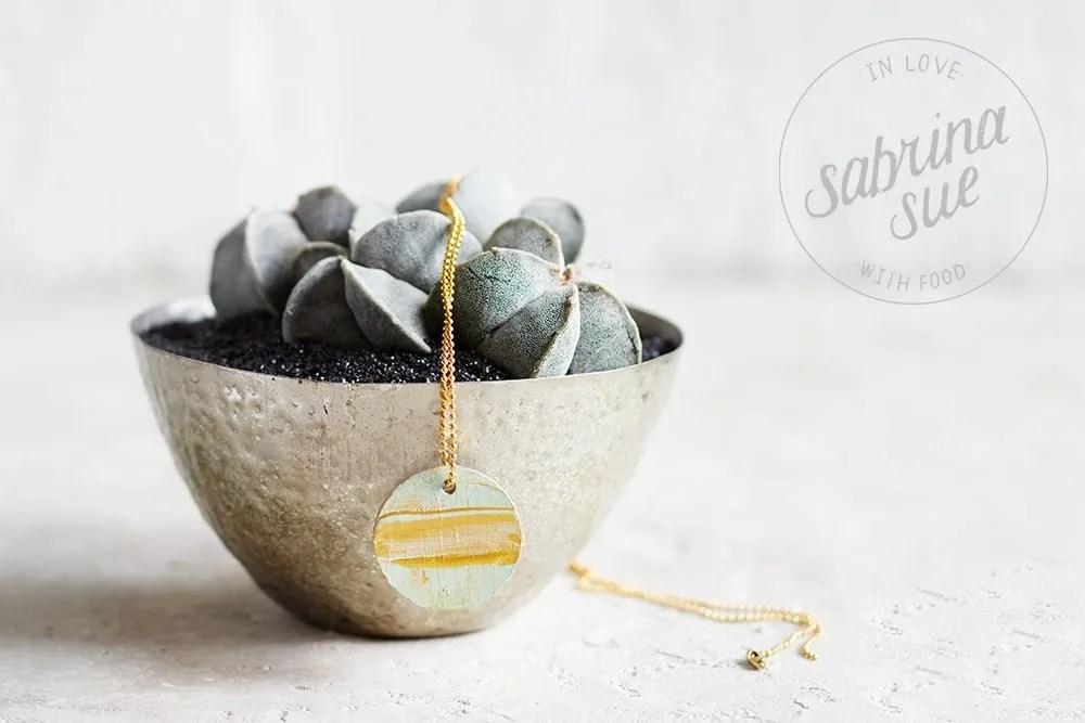 Christmas gift ideas, diy concrete necklace tutorial
