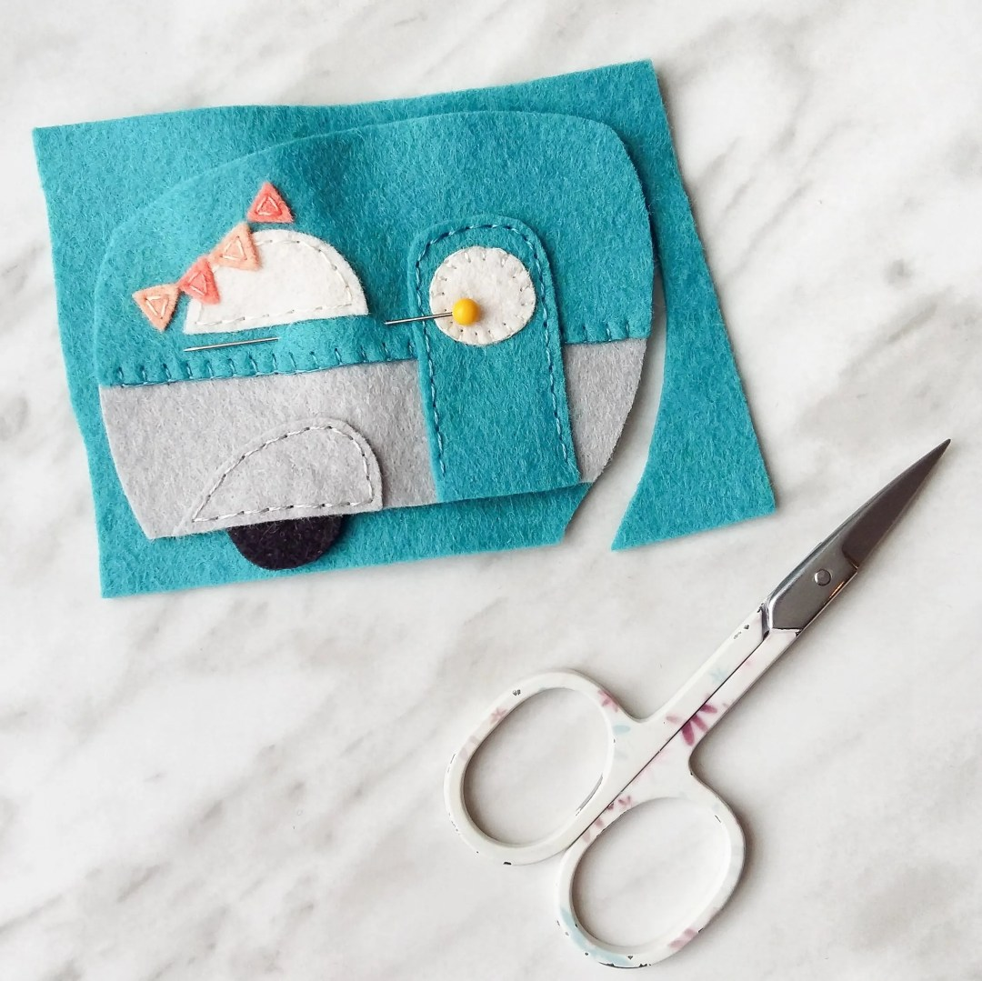 How to cut out the backing piece for DIY felt caravans