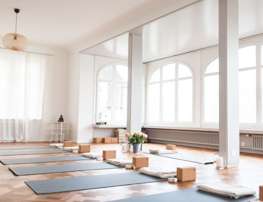 Liora Lilienfeld Yoga Studio Review Your Yoga Home Zürich Schweiz