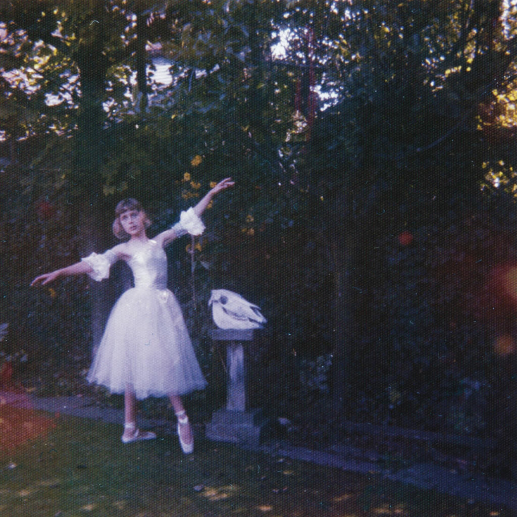 Image Credits: Wolf Alice's Official Facebook Page
