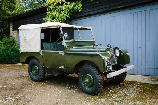Yorkshire Dales Wedding Car Hire - Land Rover 01