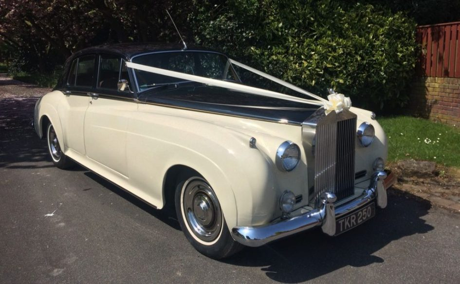 Rolls Royce Silver Cloud - Black & Ivory